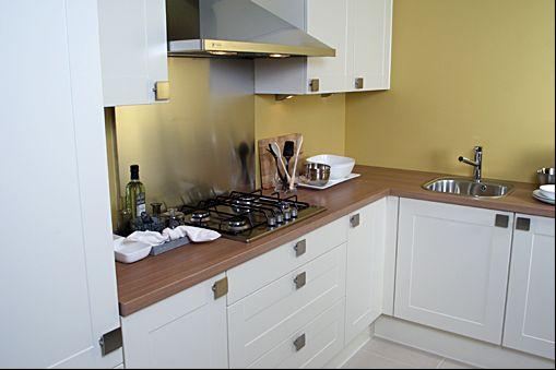 het grootste keukenaanbod van nederland nobilia vito vanille 38610. Black Bedroom Furniture Sets. Home Design Ideas