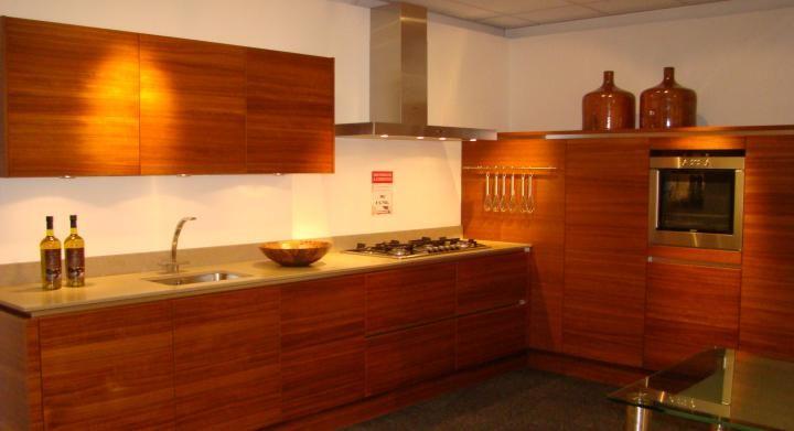 Het grootste keukenaanbod van nederland greeploze l keuken in fineer 45461 - Keuken ontwikkeling in l ...