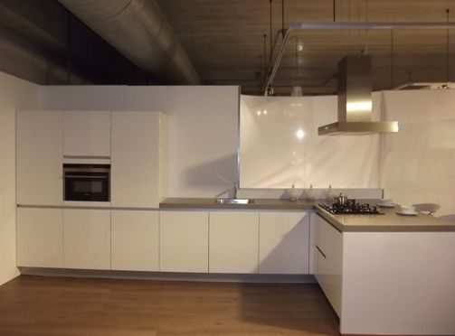 Keuken Schiereiland Met : Interieur inspiratie keuken met schiereiland benut ruimte optimaal