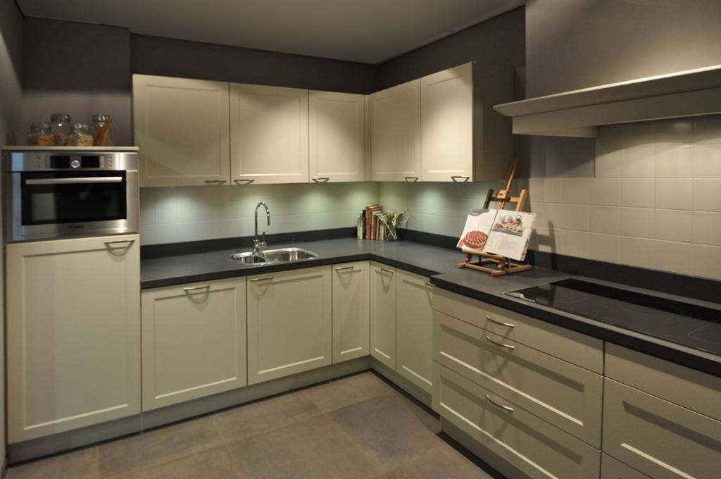 ... keukenaanbod van Nederland : Hoek Keuken wit modern Keller [48903