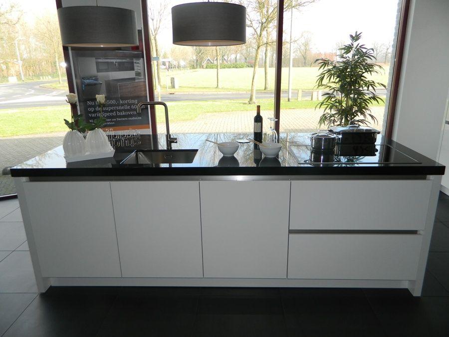 Greeploze Eiland Keukens : keukenstekoop nl Het grootste keukenaanbod van Nederland